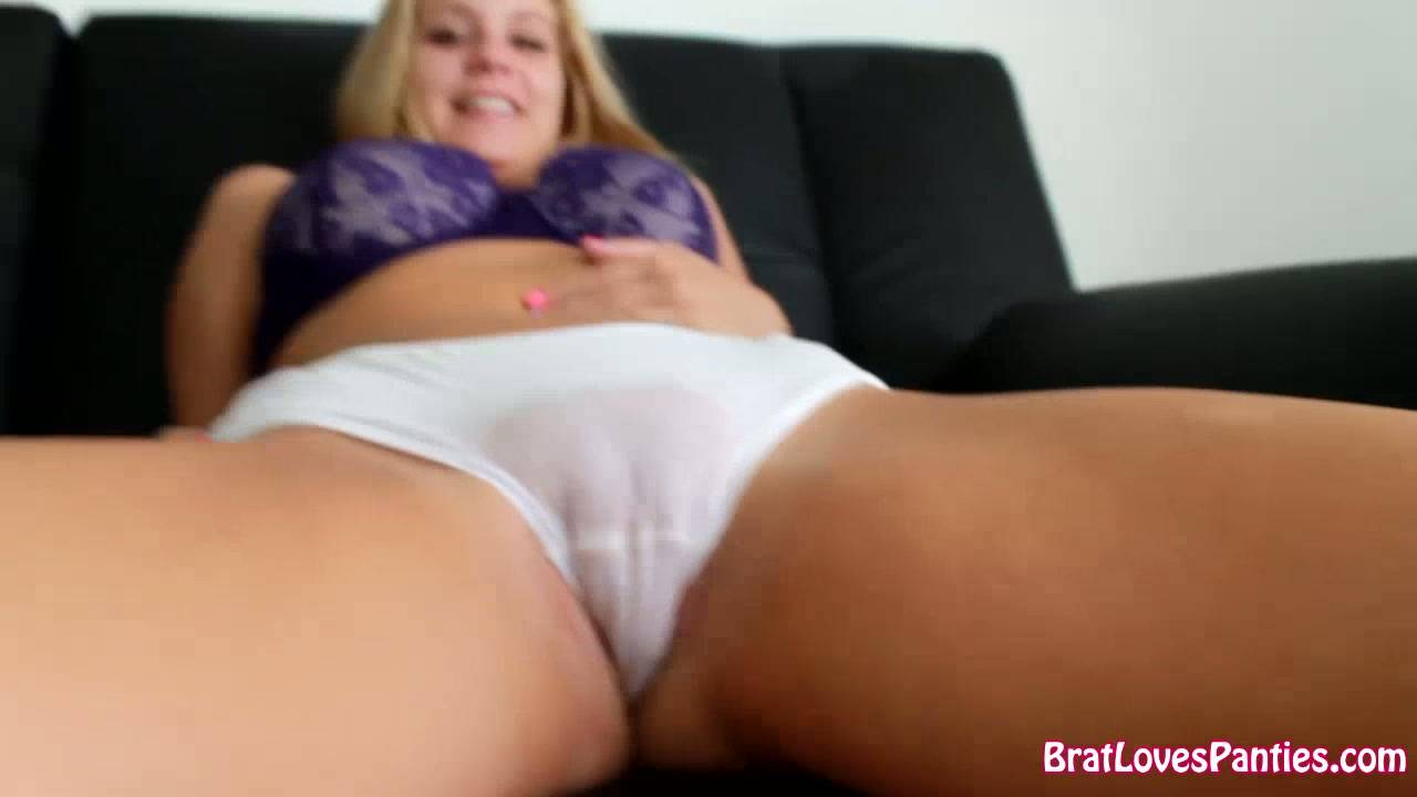 Anabelle Pync Wet Panty Play
