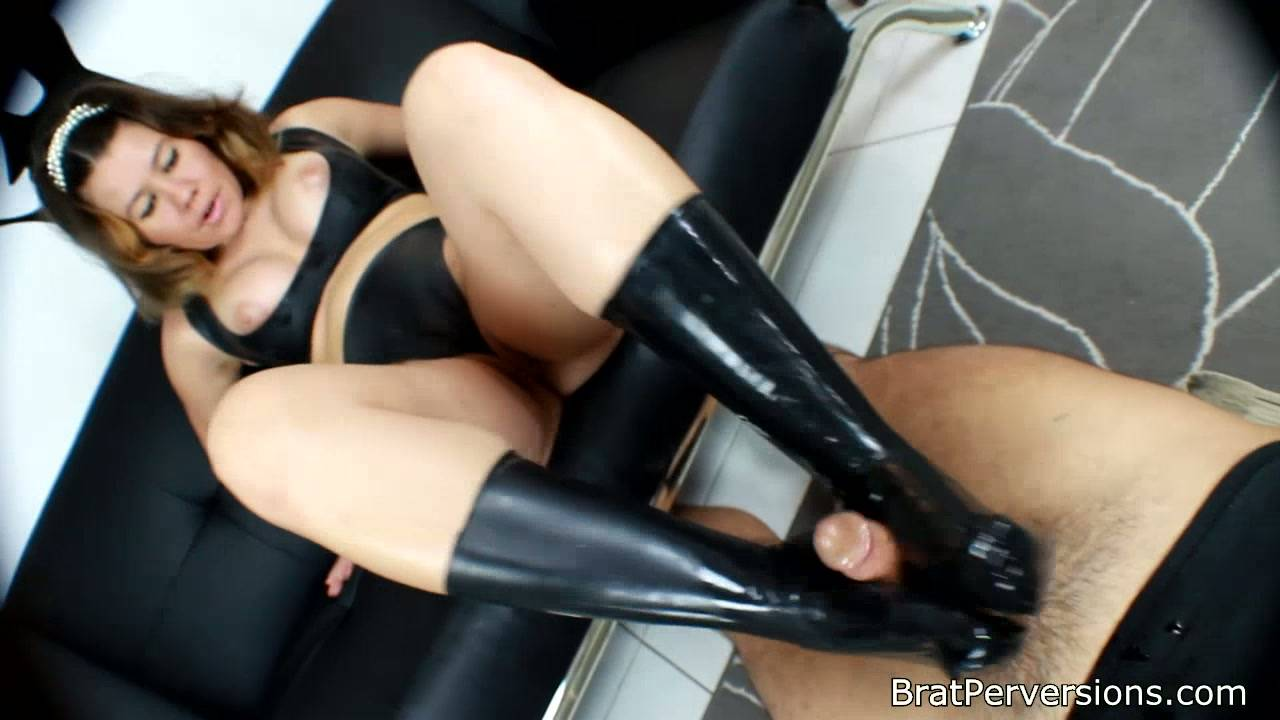 Latex Socks Footjob