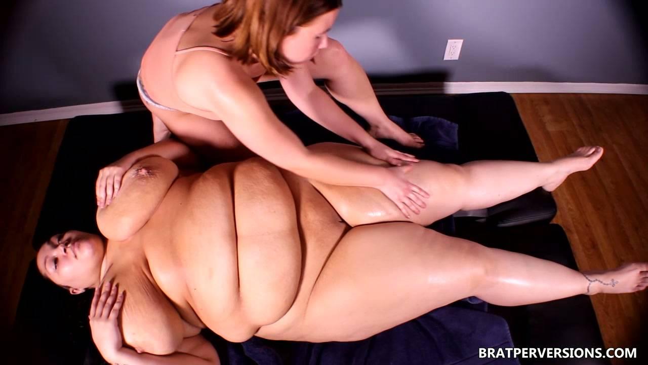 BBW Lesbian Massage: Anastasia