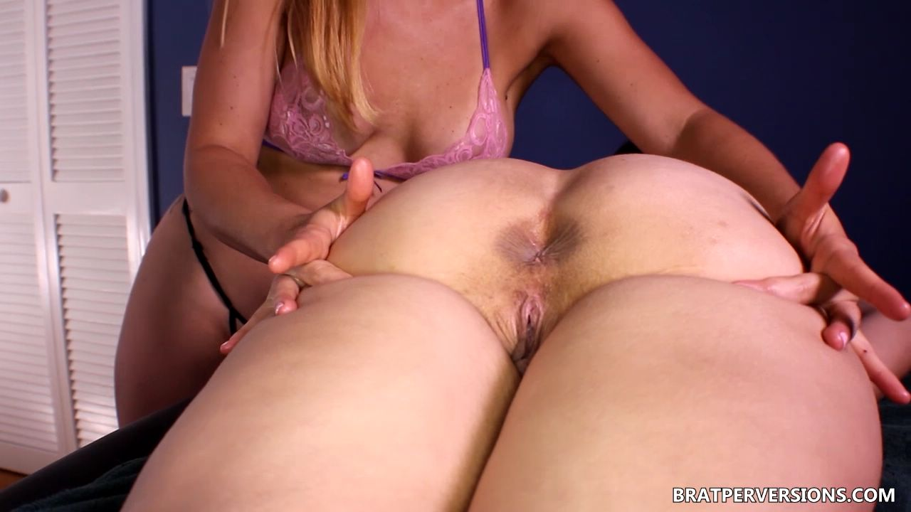 Happy Ending Lesbian Massage: Logan
