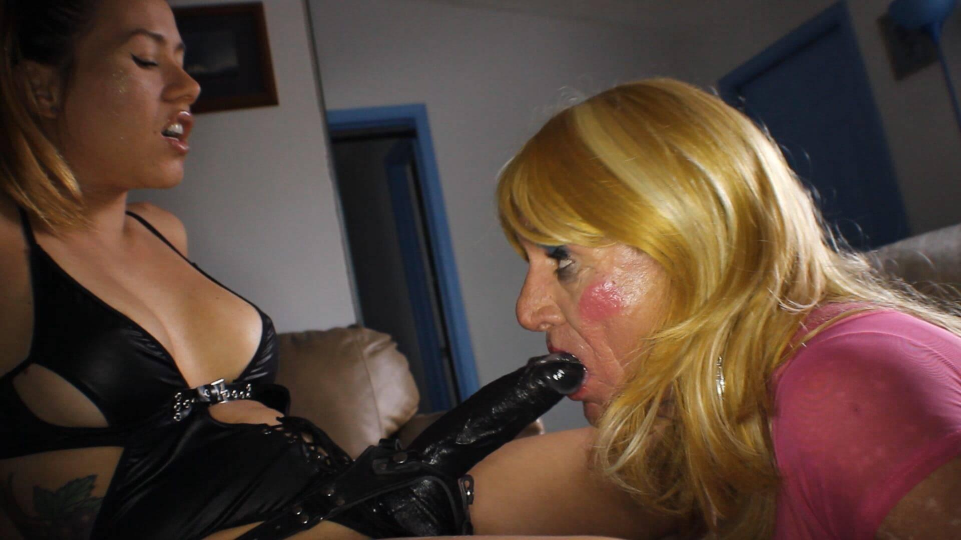 Sissy Dick Sucking Training