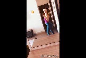 Secret Selfies: Tight Jeans Beauty